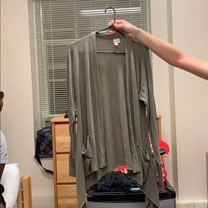 Medium olive long cardigan